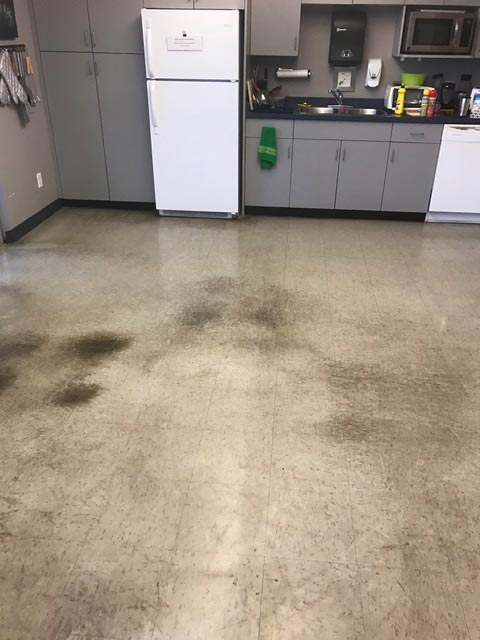 Before floor cleaning